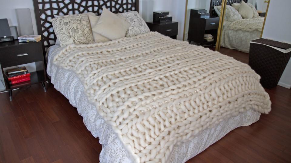 stricken im riesenformat so entstehen maschen der extraklasse. Black Bedroom Furniture Sets. Home Design Ideas