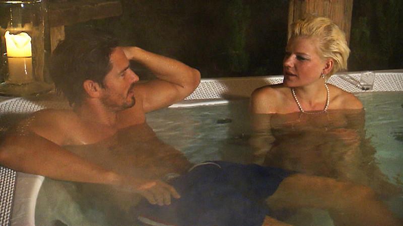 Der Bachelor 2013: Jan und Mona verbringen die Nacht in