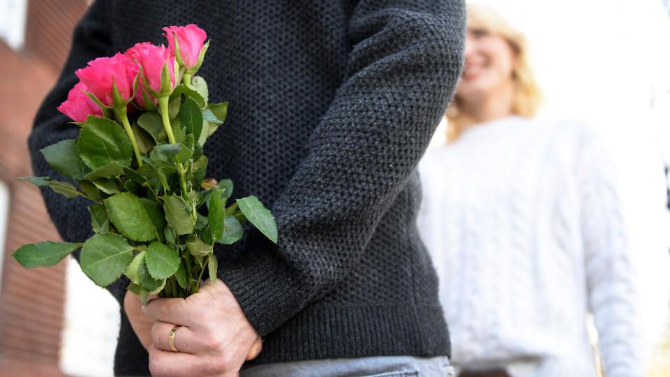 Am Valentinstag Schenken   Aber Bitte Nur Etwas Persönliches!