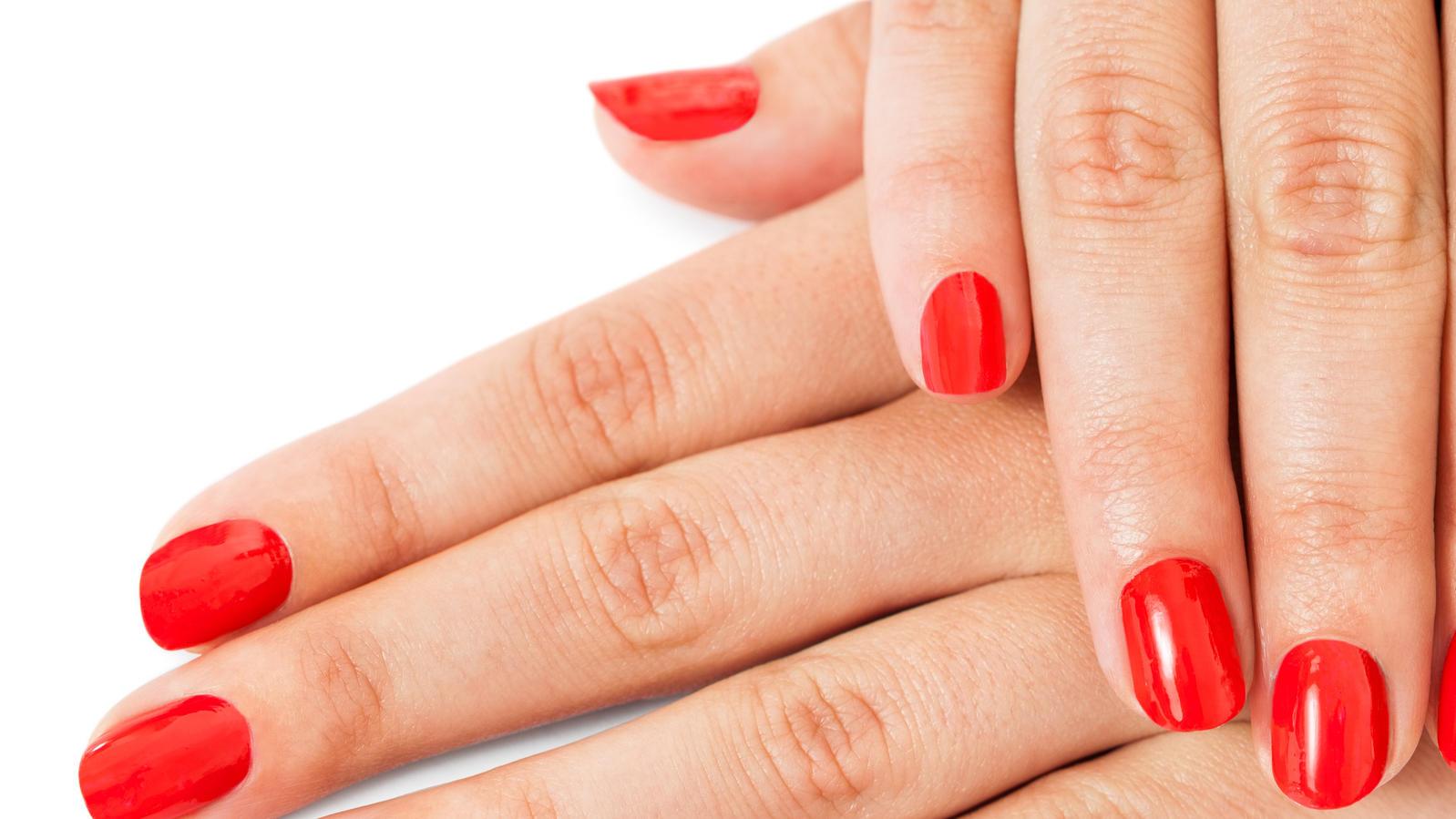 Nail Dip Powder: Diese Nagellackalternative verspricht im ...
