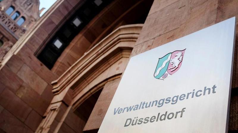 Gericht: Tattoogröße allein kein Grund für Ablehnung von Polizeibewerber in NRW