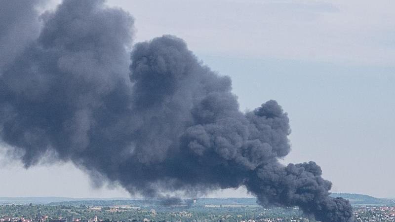 Polizeipräsidium Aalen: 3. Meldung zum Großbrand in Entsorgungsunternehmen
