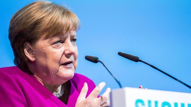 Merkel und Putin wollen Atomabkommen mit dem Iran retten