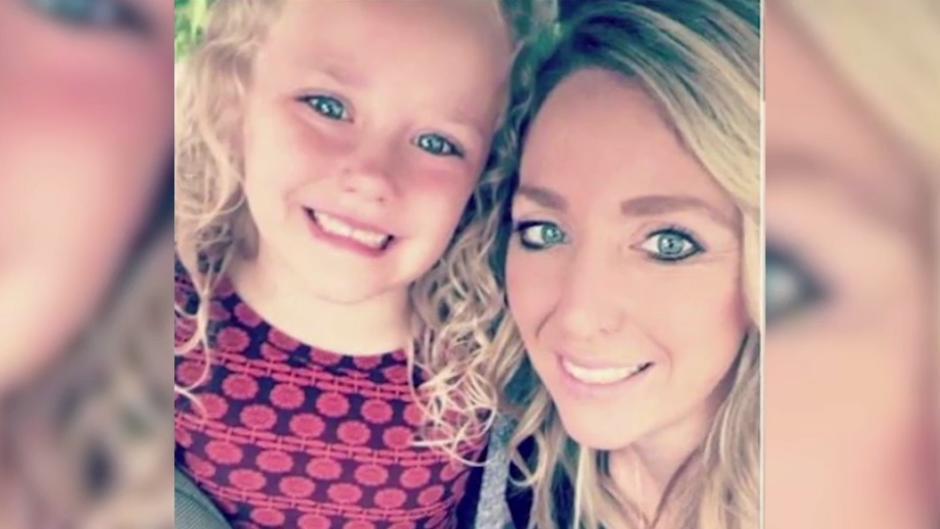 So dreist verspottet eine Flughafenmitarbeiterin eine 5-Jährige - wegen ihres Namens | Reise