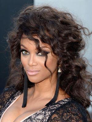 Frisuren Frauen Hohe Stirn Mittellange Haare