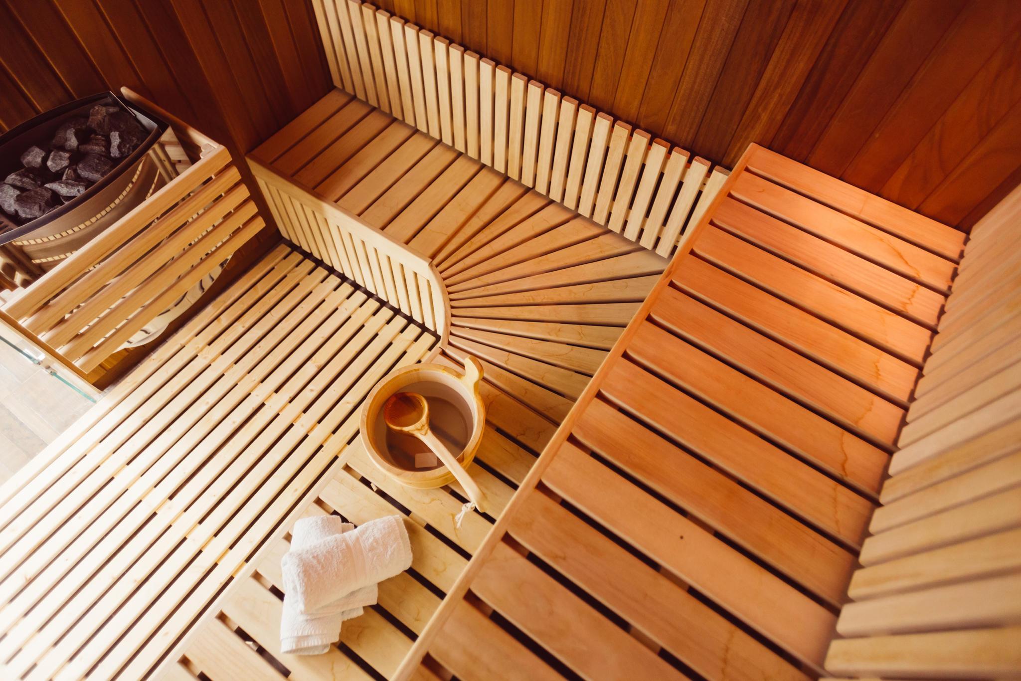 sauna regeln so schwitzen sie richtig. Black Bedroom Furniture Sets. Home Design Ideas