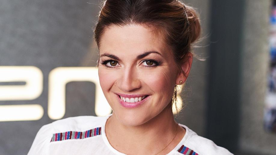 Babynews Bei Nina Bott Die Prominent Moderatorin Ist Wieder