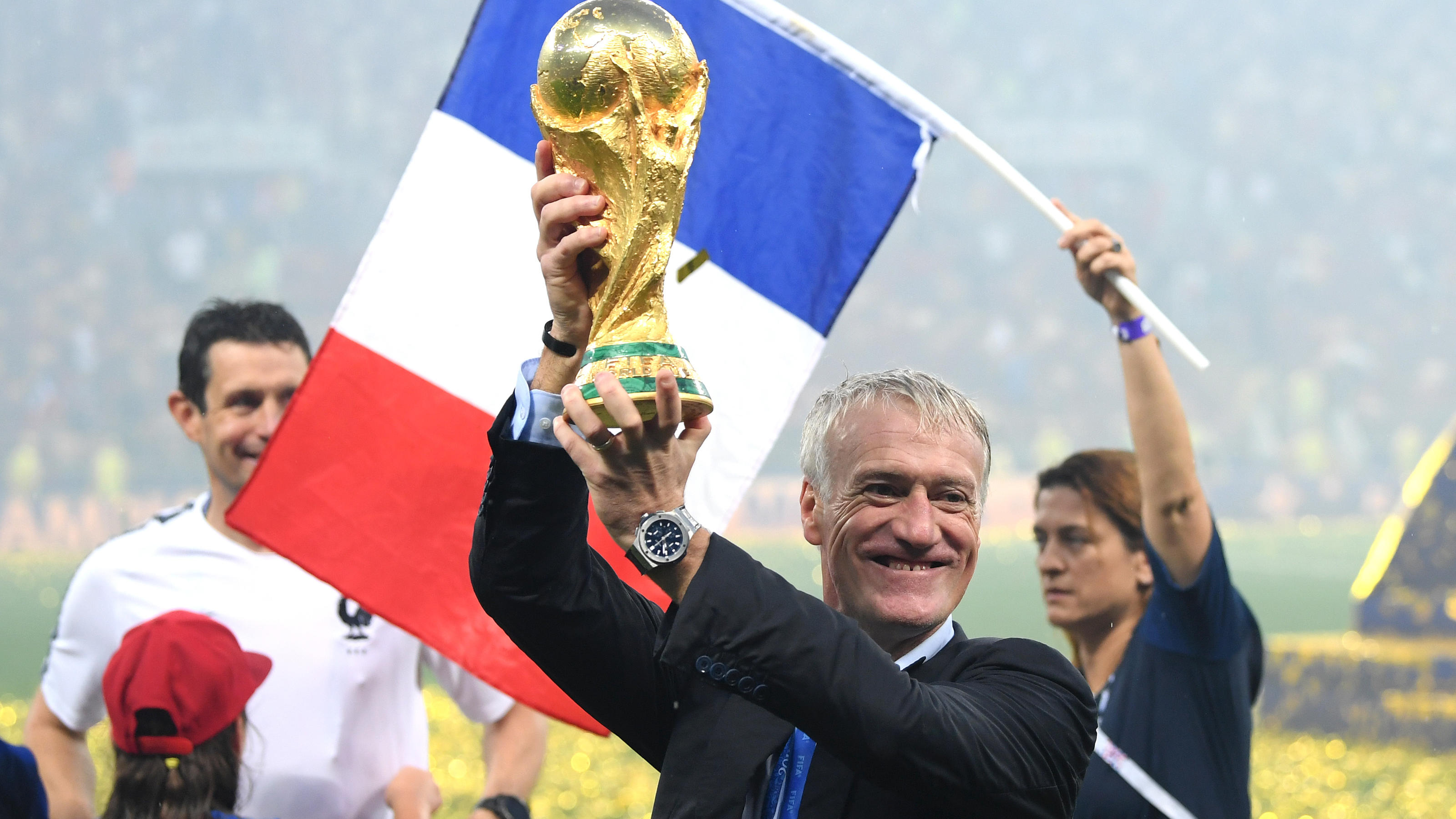 MOSCOW, RUSSIA - JULY 15:  Didier Deschamps, Manager of France celebrates with the World Cup trophy following the 2018 FIFA World Cup Final between France and Croatia at Luzhniki Stadium on July 15, 2018 in Moscow, Russia.  (Photo by Matthias Hangst/