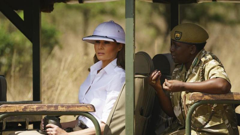 melania trump kenia safari kolonia ile ilgili görsel sonucu