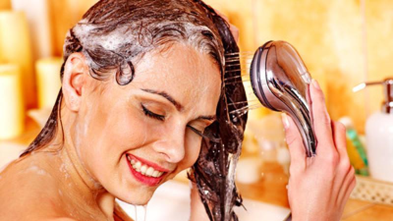 test nur das beste shampoo f r ihr haar. Black Bedroom Furniture Sets. Home Design Ideas