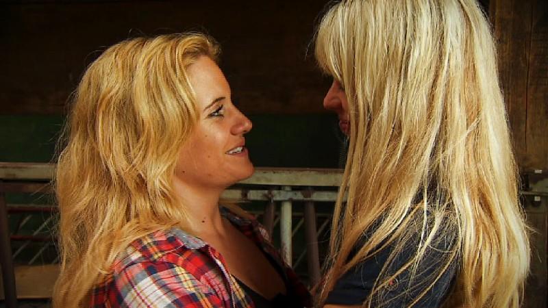 Magere Blonde Lesben Beim Aufheizen