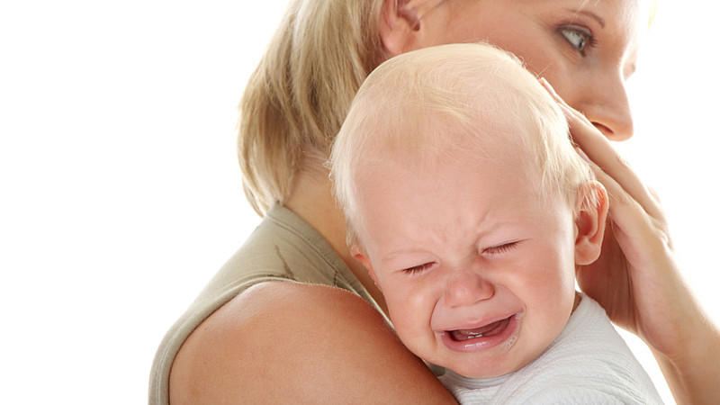 baby weinen im schlaf