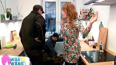 image Palina rojinski bekommt ihre prallen titten eingecremt