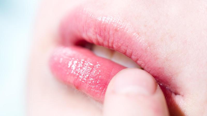 geschwollene lippen herpes