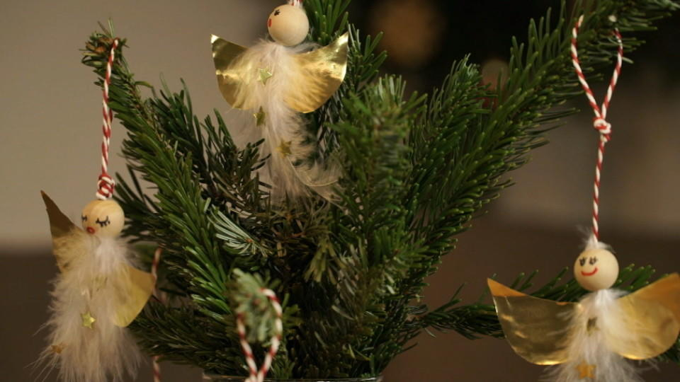 weihnachtsengel basteln baumschmuck selber machen. Black Bedroom Furniture Sets. Home Design Ideas