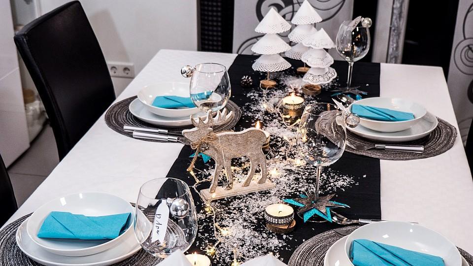 weihnachtliche tischdeko selber basteln so wird 39 s festlich. Black Bedroom Furniture Sets. Home Design Ideas
