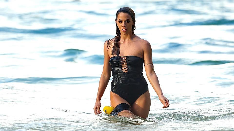 DSDS 2016: Vanessa Mai beim heißen Strand-Fotoshooting