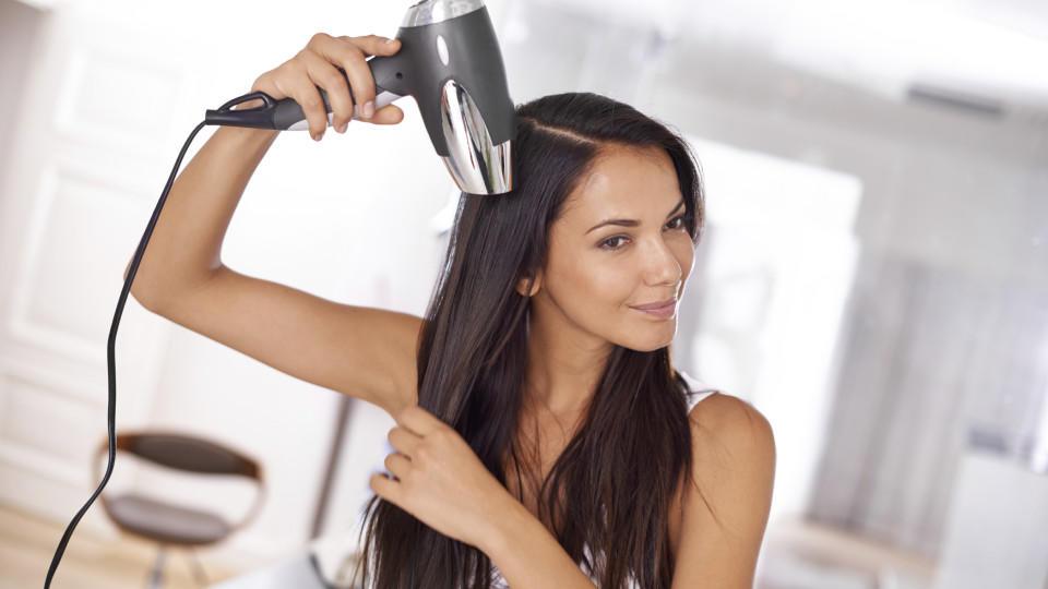 so gl tten sie ihre haare ganz ohne sch dliche hitze. Black Bedroom Furniture Sets. Home Design Ideas