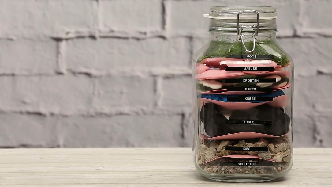 geldgeschenke verpacken das geldgeschenk im glas. Black Bedroom Furniture Sets. Home Design Ideas