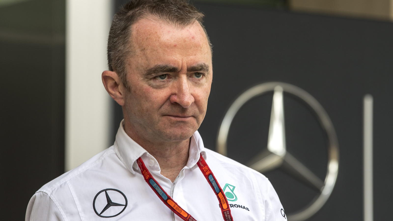 epa05647135 Paddy Lowe, Mercedes AMG Petronas Formula One team Executive Director (Technical), during the practice session at Yas Marina Circuit in Abu Dhabi, United Arab Emirates, 25 November 2016. The Formula One Grand Prix of Abu Dhabi will take p
