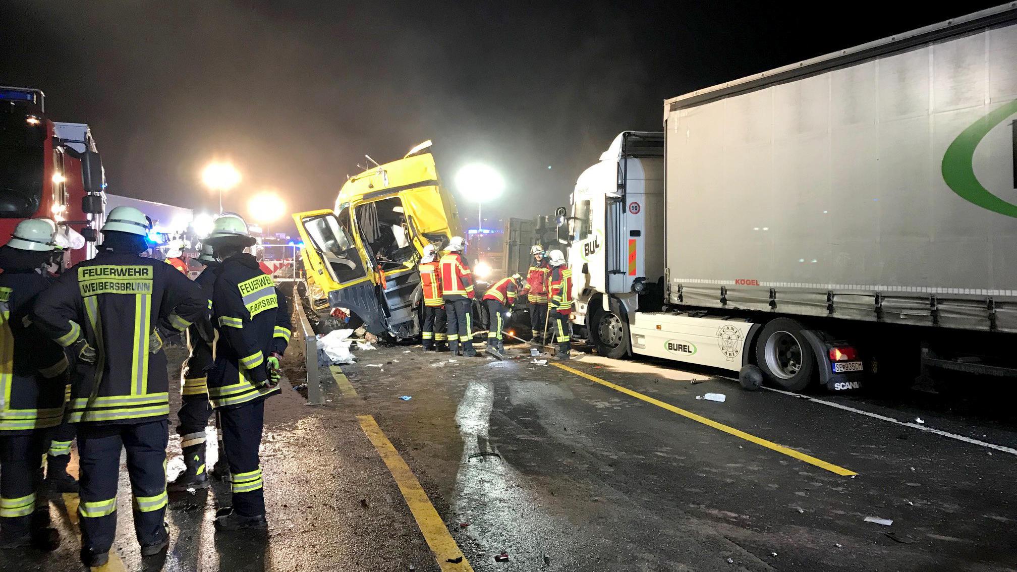 Fantastisch Verkehrsunfall Szene Ideen - Die Besten Elektrischen ...