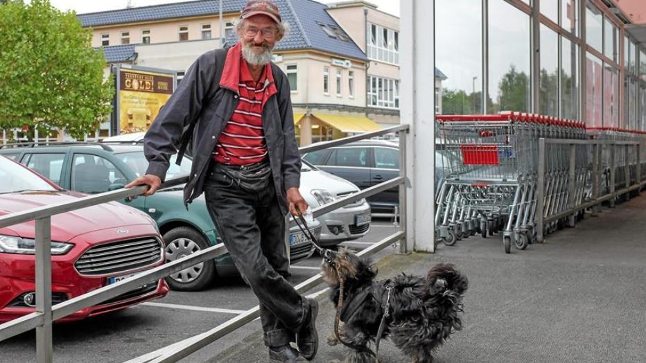wer hilft obdachlosen