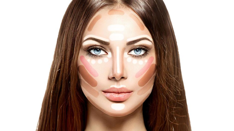 Contouring: Gesicht konturieren - so geht\'s