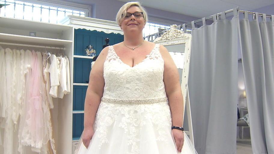 Brautkleider In Ubergrosse Wie Sie Schone Modelle Finden Und Welche
