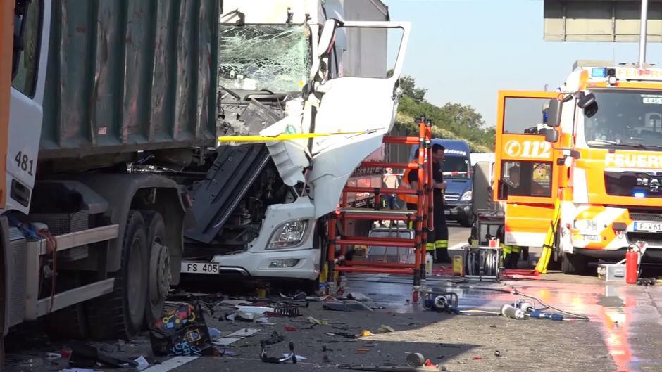 A3 Frankfurt Unfall