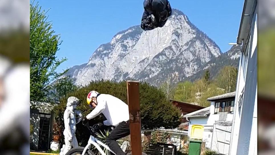 Mountainbiker trickst beim Müll-Entsorgen
