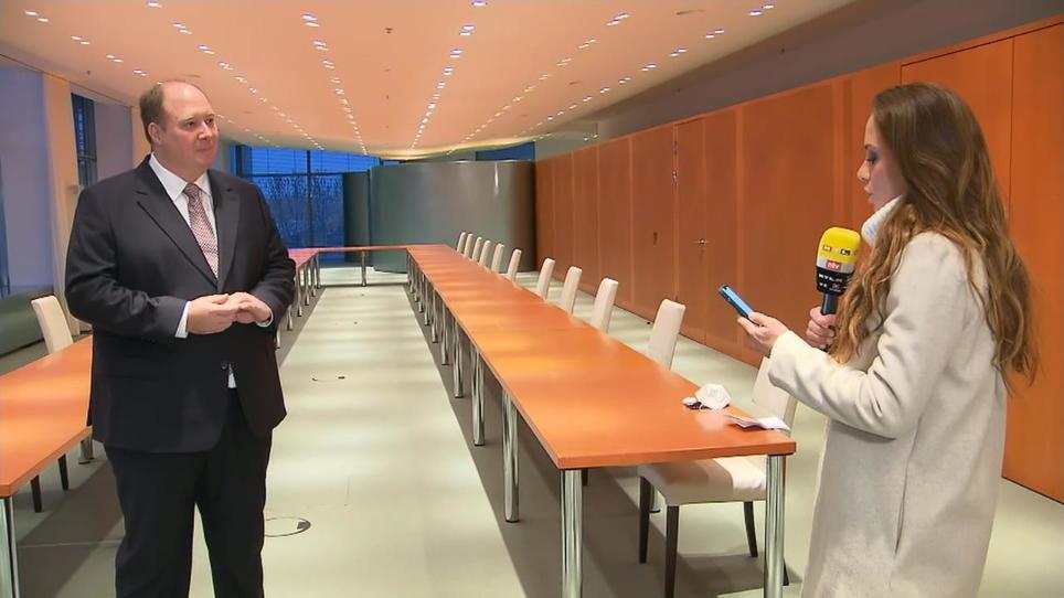 Fragen an Kanzleramtschef Helge Braun